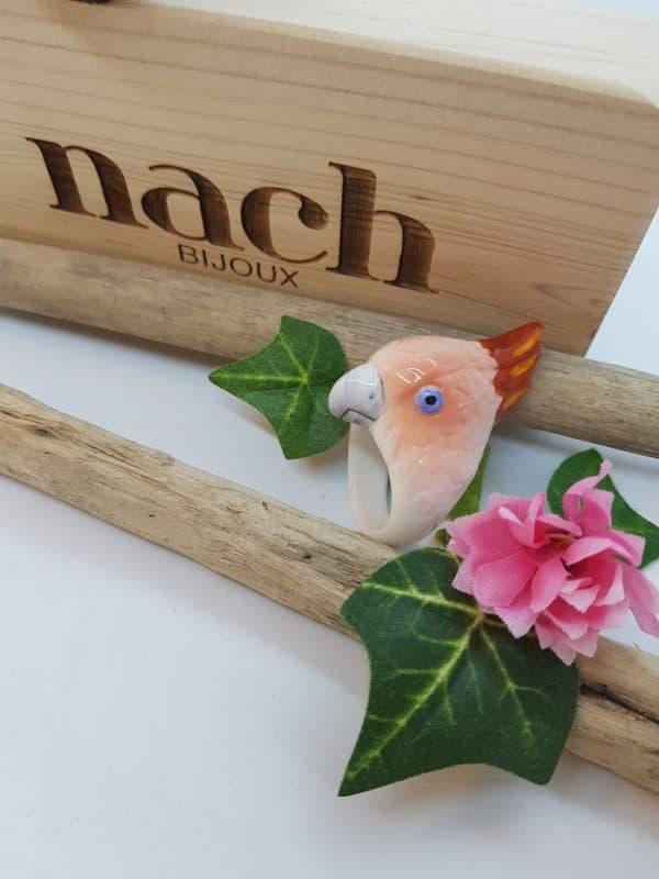 Bague en porcelaine de la marque NACH Bijoux, Taille M