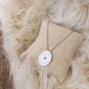 Collier médaillon LUXY Bijoux, argenté avec pierre mauve