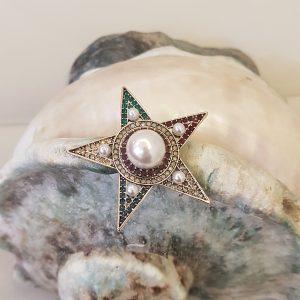 Broche étoile avec cristaux couleurs et perles